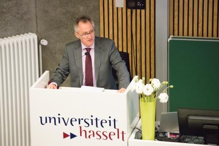 https://www.uhasselt.be/images/Doctoral-School/lancering_doctoral_school_043.jpg